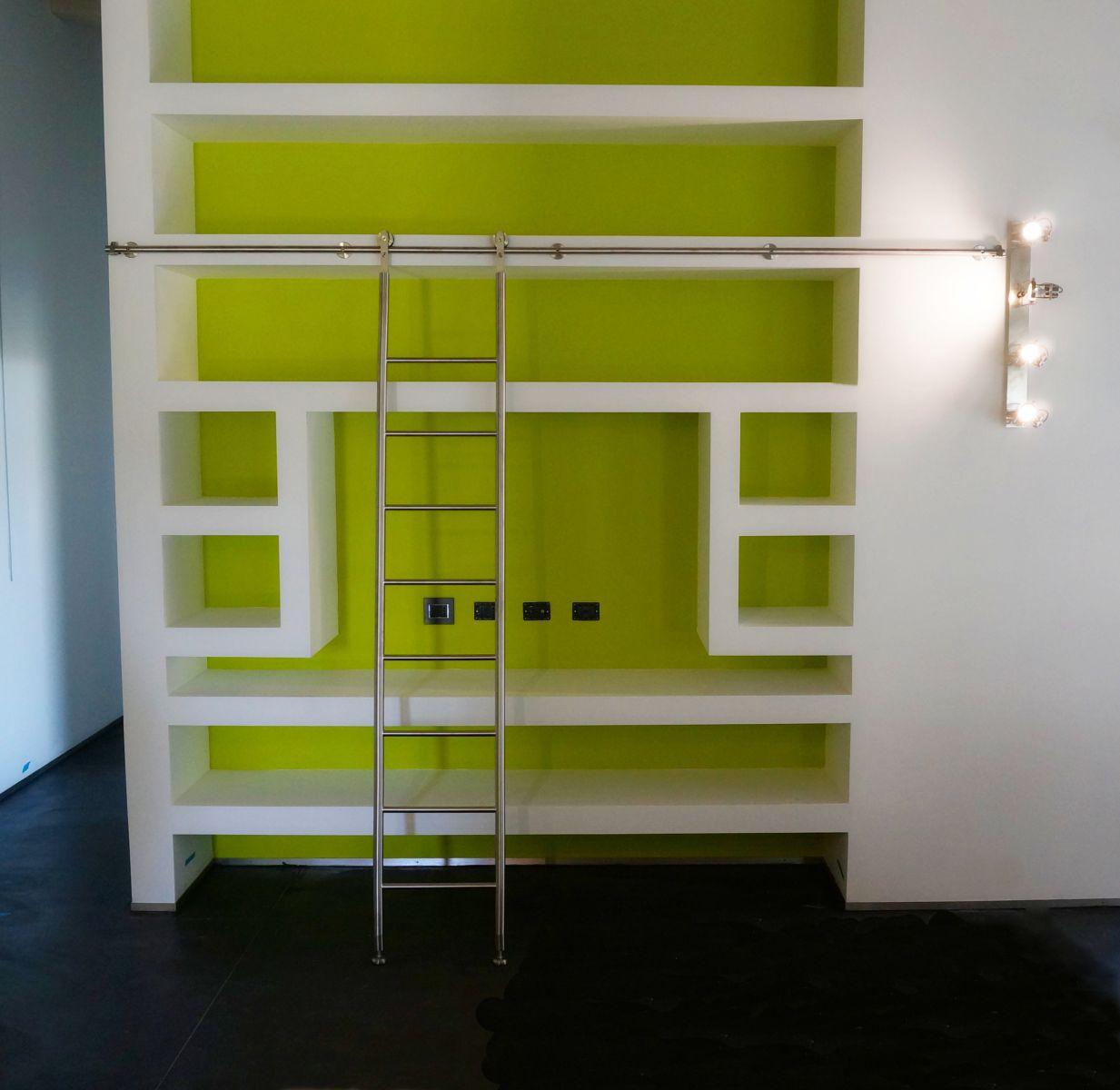 Bergamaschi serramenti scala scorrevole per libreria for Scale per librerie in legno