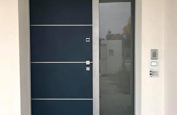 Cerchiamo di creare non la solita porta blindata …